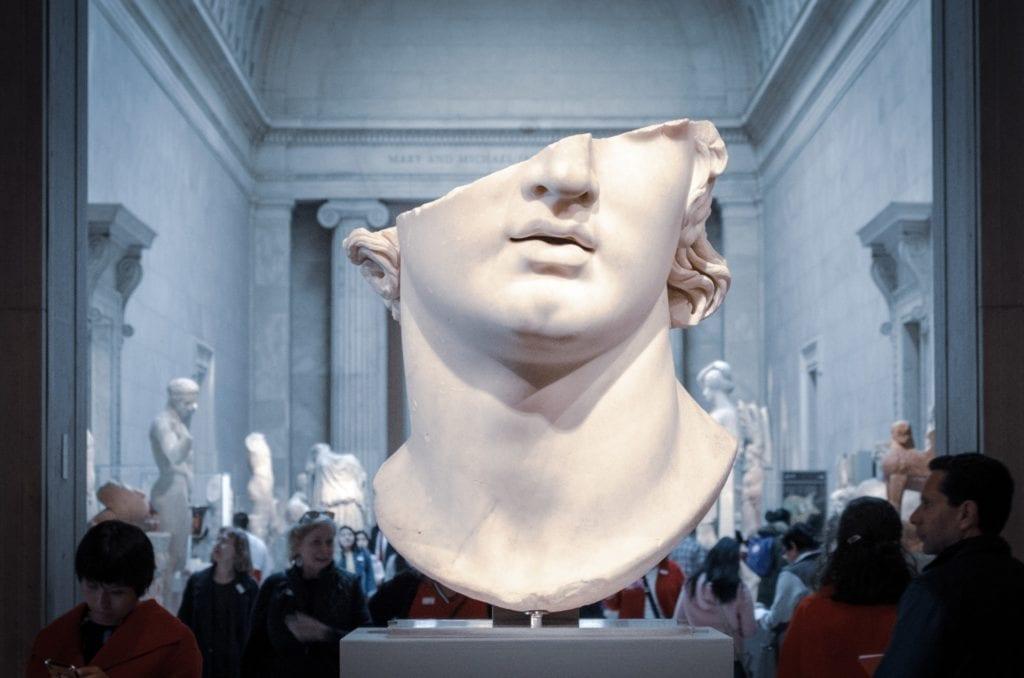 tête de statue
